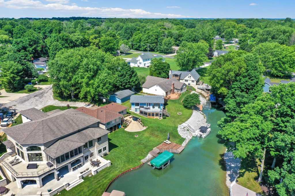 211 Freedom Hill Court sits inside a small idle-only cove on the southwest side of the lake.